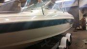Pre-Owned 2001 Larson 226 SEI Power Boat for sale