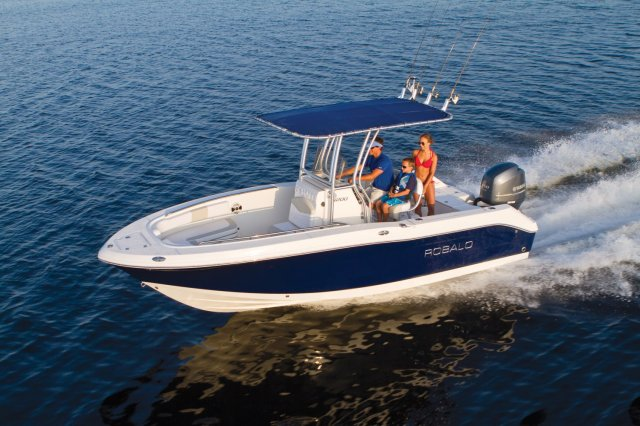 A R200 Center Console - Deepwater Blue is a Power and could be classed as a Center Console, Freshwater Fishing, Saltwater Fishing,  or, just an overall Great Boat!