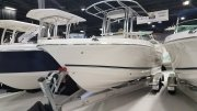 New 2017 Robalo R200 ES Center Console - White Power Boat for sale