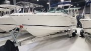 New 2017 Robalo R207 Dual Console - White Power Boat for sale