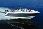 New 2018 Robalo R227 Dual Console - Deepwater Blue Power Boat for sale