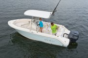 New 2018 Robalo R222 Center Console - Ice Blue Power Boat for sale